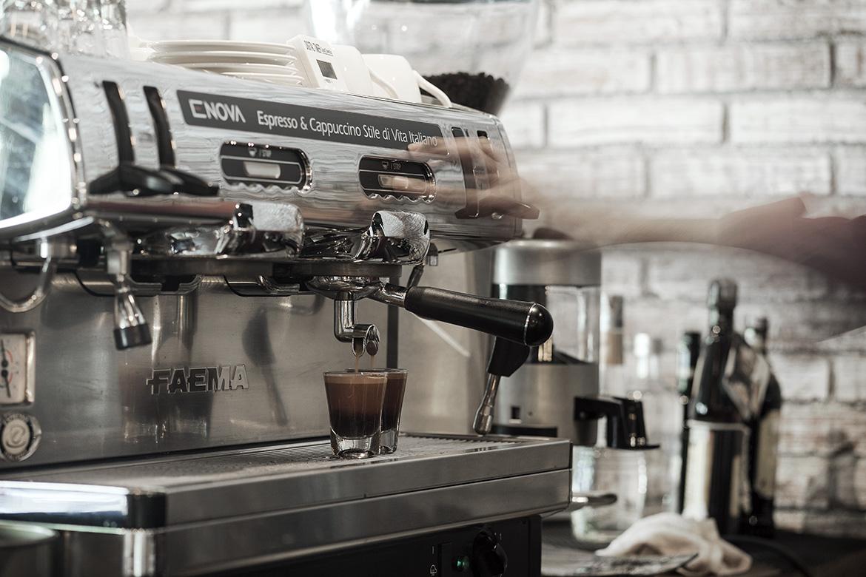Kaffeine-101213-9444.jpg
